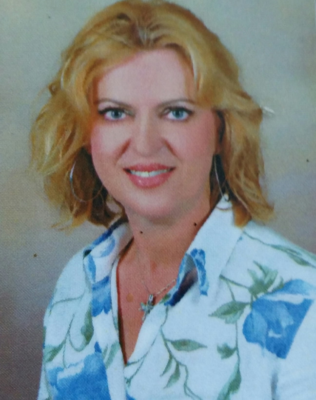 Stavroula Veneti / Real Estate Agent & Owner of Real Estate Sivota Business