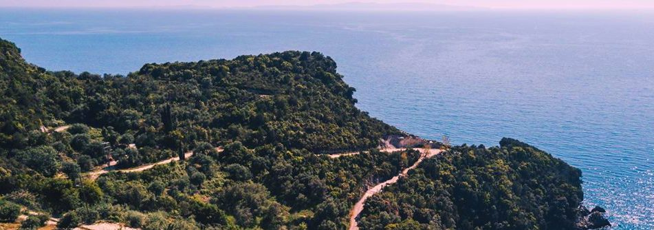 Plot of 650m² with building permit for sale in Katsonisi, Perdika.(012)