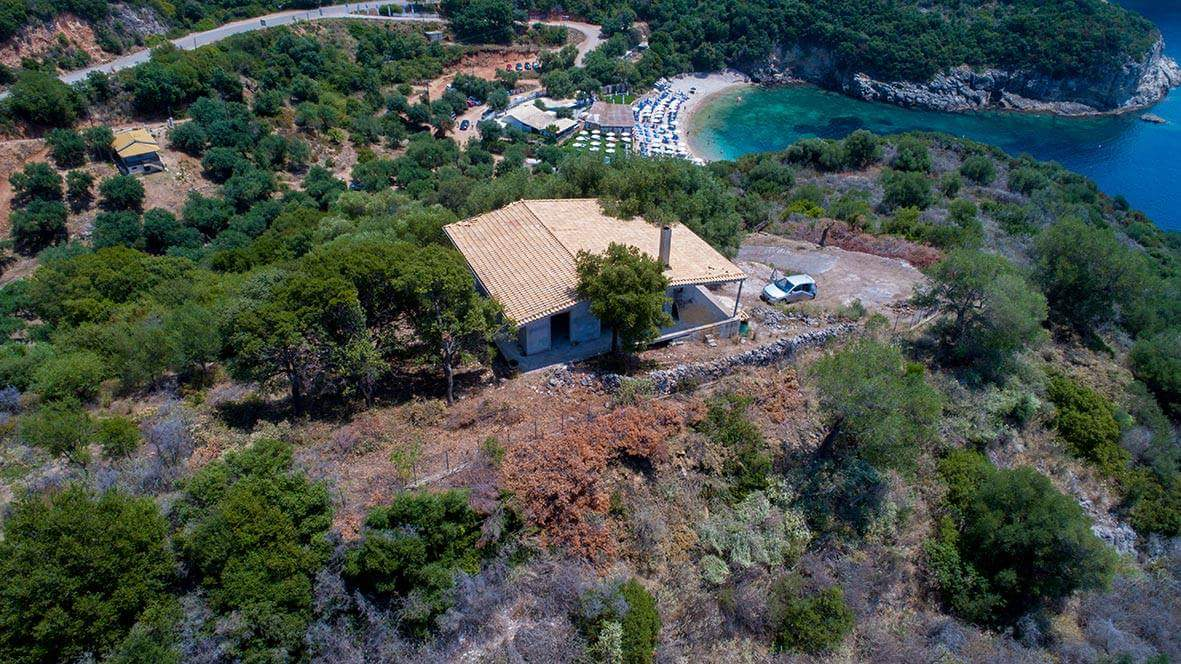 Villa for sale 191 sq.m on a plot of 2077 sq.m with panoramic views of the Ionian Sea. (045)